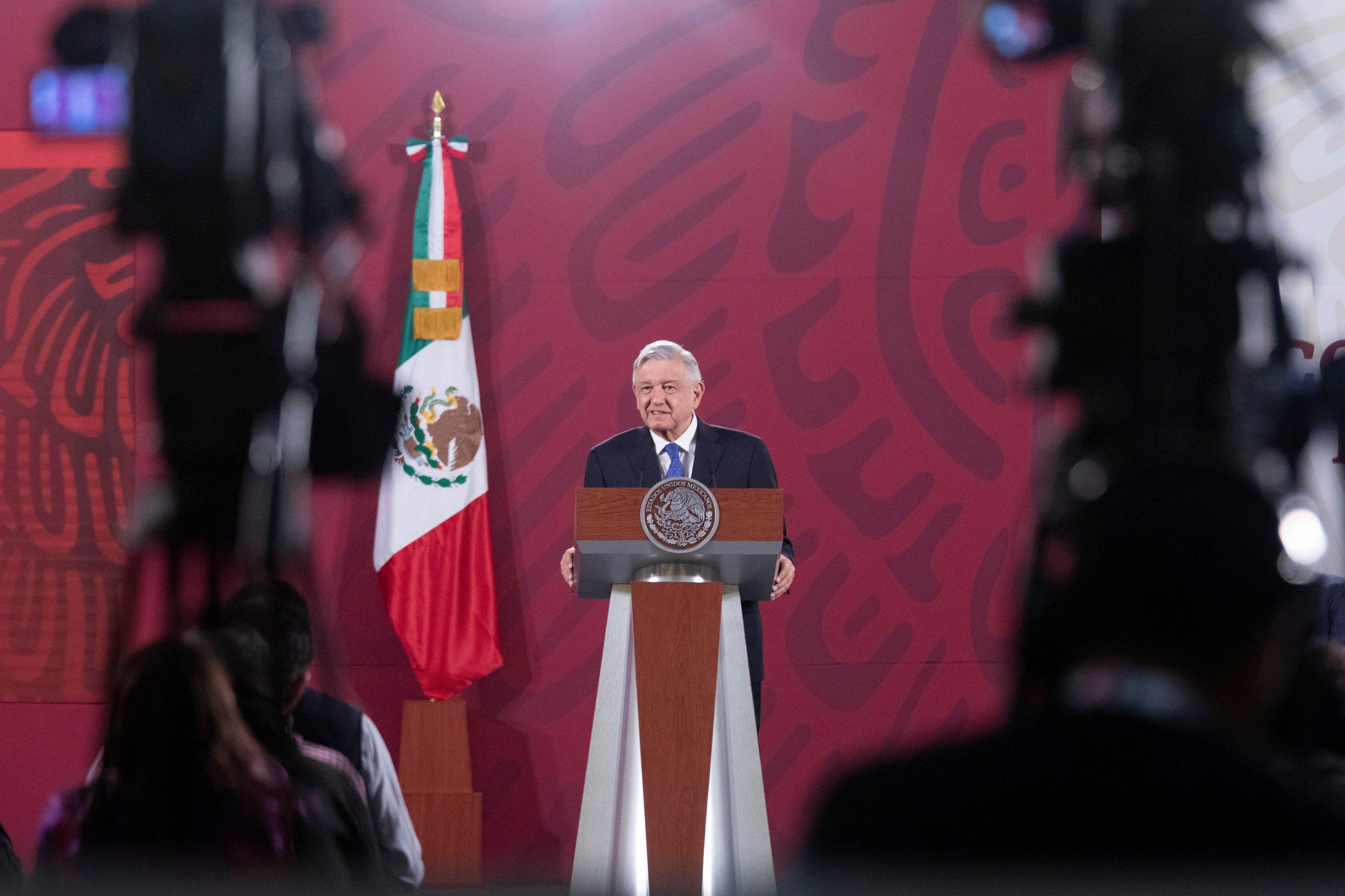 López Obrador reveló que un grupo de empresarios lo acompañará a cenar con Trump en Washington